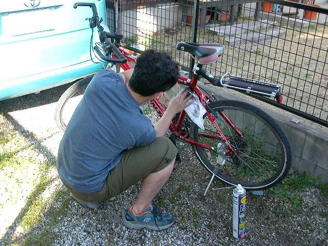 旦那の愛用の自転車です