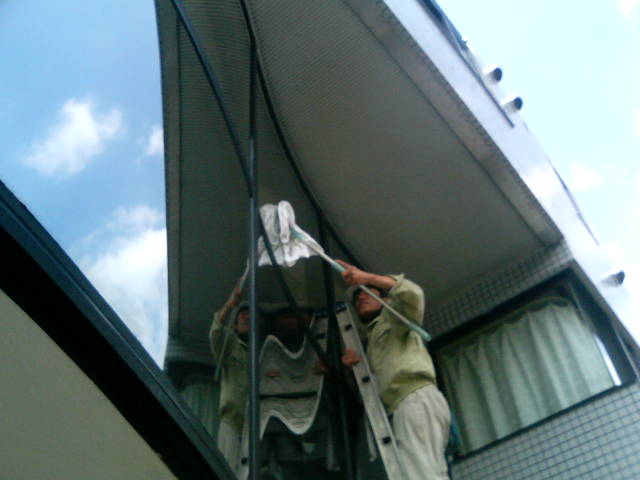 高所窓拭き−1(中央ビソウ)