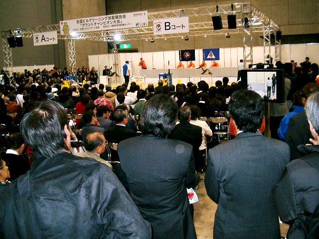 日本一の床クリーニング技術者