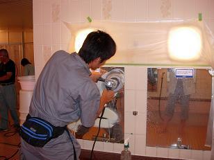 ガラス、鏡の頑固な水垢をECO研磨で完全除去