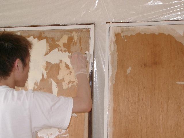 襖戸の枠塗装