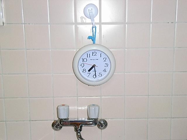 壁掛け時計で時間管理