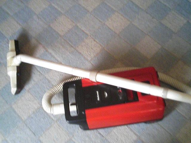 野瀬家の掃除機