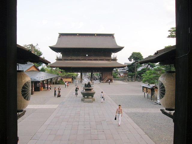 長野市  善光寺