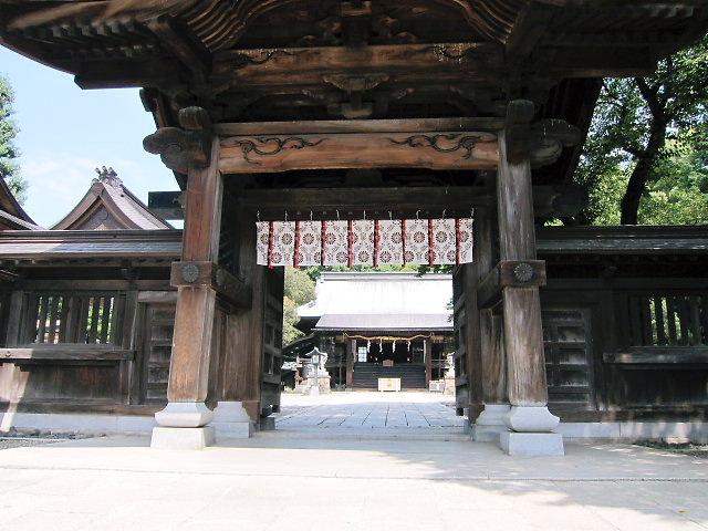 宇都宮市の中心地にある二荒山神社です。