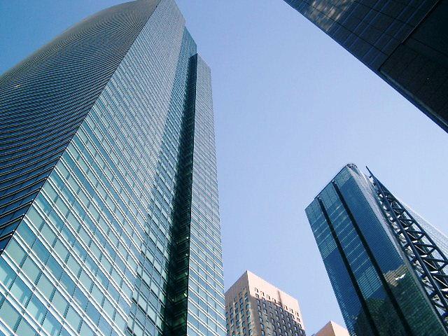 汐留の超高層ビル街